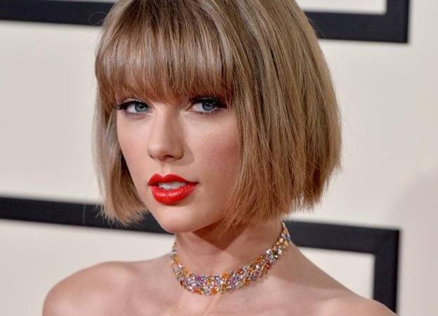 Taylor-Swift-adopte-le-carre-court-d-Anna-Wintour