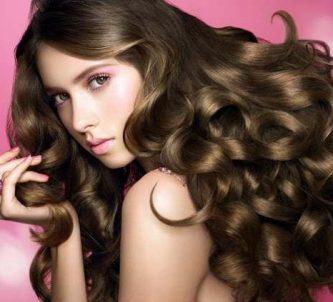 Magnifique-chevelure-bouclée